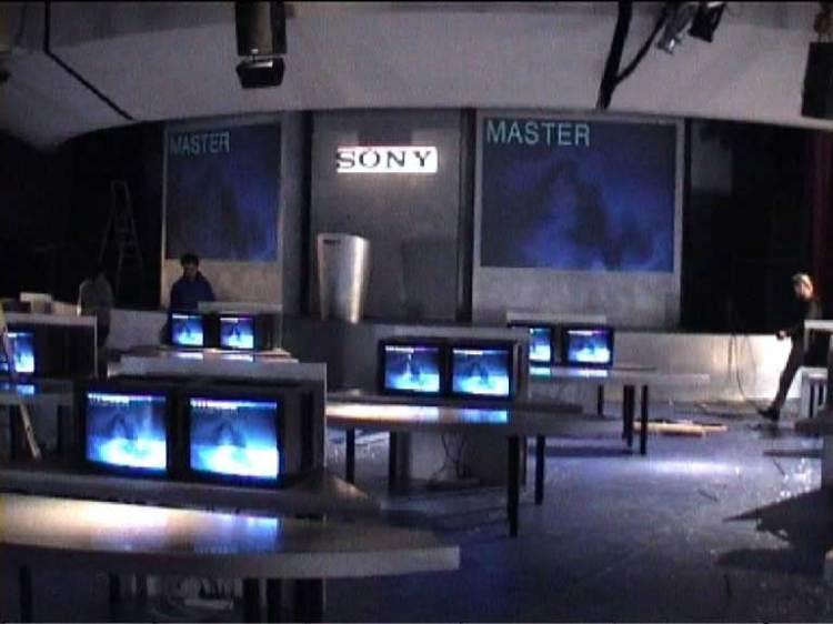 Sony 2002